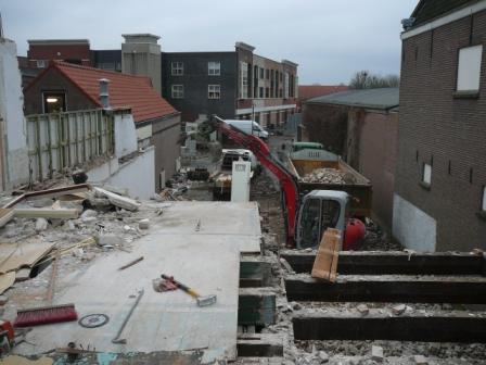 Slopen van winkelpanden centrum Oud-Beijerland